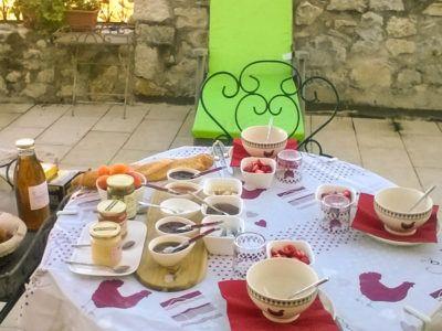La table d'hôtes - petit dejeuner